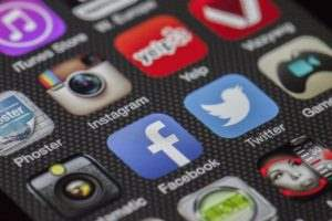 Injury Victims: Beware of Social Media Use During Lawsuit